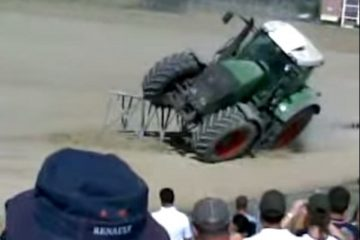 une tentative de tracteur sur 2 roues qui echoue