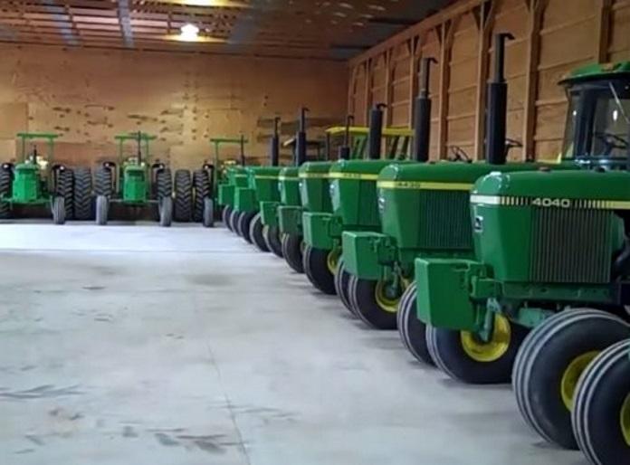 Grosse collection de tracteurs john deere tractopia - Dessin anime de tracteur john deere ...