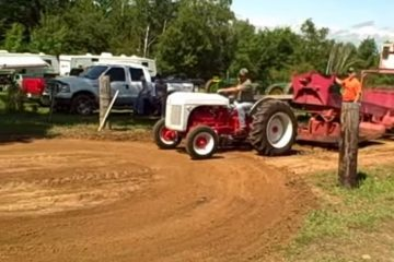 Flat Head V8 Ford Tractor