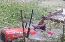 tracteur massey fergusson submerge